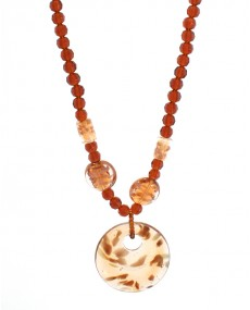 Collier perle marron
